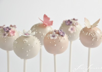 CAKEPOP BLOSSOM DAISY BUTTERFLY
